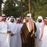 محافظ عنيزة يفتتح مهرجان تمور عنيزة الرابع
